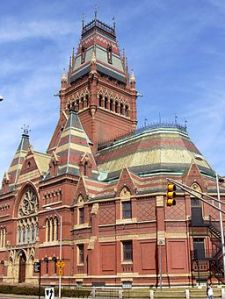 Memorial Hall, Harvard University, Cambridge, MA, Photo: Daderot; Source: Wikimedia Commons.